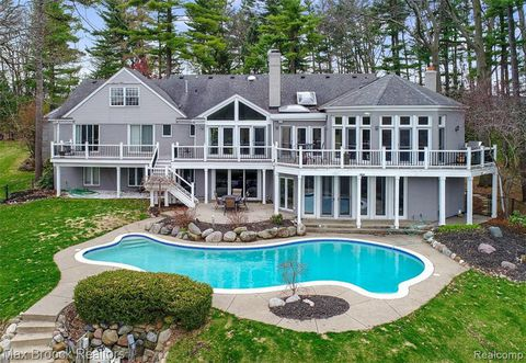 bloomfield hills real estate